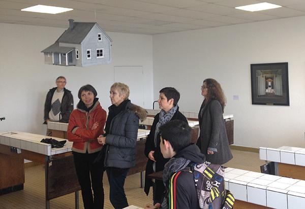 Rencontre autour des oeuvres, exposition Des objets et des espaces, cité scolaire Beaumont, Redon, 1er mars 2016