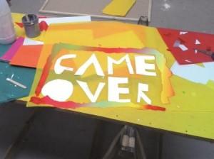 Game over, exposition du 23 mars au 7 mai 2015, Galerie EC'ARTS ESPE de Bretagne - Une proposition conçue à partir de la collection du Frac Bretagne par des élèves de CM2 de l'école Jean Moulin, accompagnés par les artistes Bevis Martin & Charlie Youle. En coopération avec la Criée centre d'art contemporain, le Frac Bretagne et l'ESPE de Bretagne.