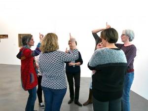 Visite chorégraphique du 7 janvier 2016, par Katja Fleig (compagnie en.Core) avec un groupe de personnes sourdes et malentendantes de l'association URAPEDA, inscrit au cœur du projet.