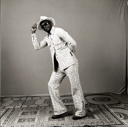 Malick Sidibé, Studio Malick (acteur), juillet 2006, collection Frac Bretagne © Malick Sidibé