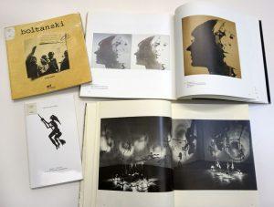 Tournez les pages #32 : Effets d'ombres @ Service de documentation du Frac Bretagne